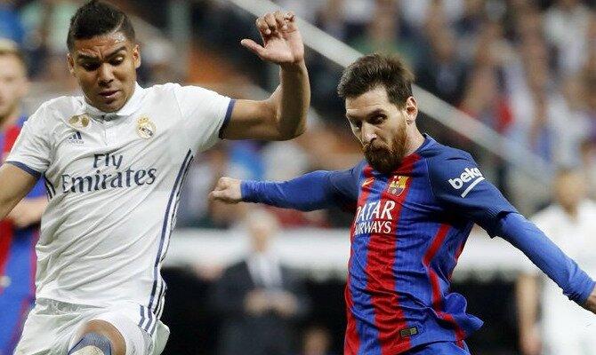Messi trata de disparar ante Casemiro. Conoce las cuotas del Real Madrid vs Barcelona.