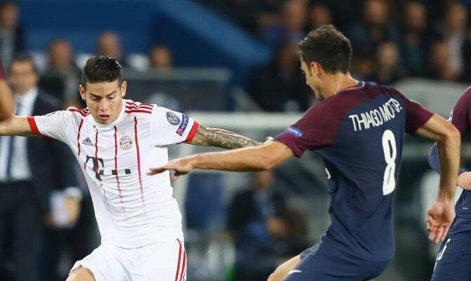 James Rodríguez disputa un balón. Conoce las cuotas del Bayern Munich vs Paris Saint Germain.