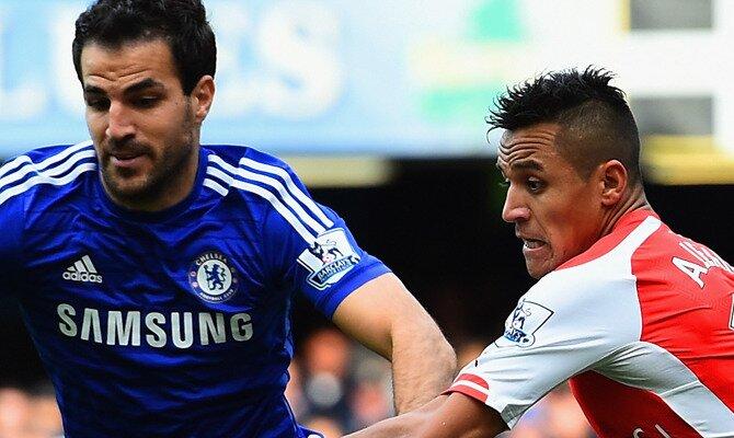 Cesc Fábregas (izquierda) y Alexis Sánchez. Conoce las cuotas para el próximo Arsenal FC vs Chelsea FC de Premier League