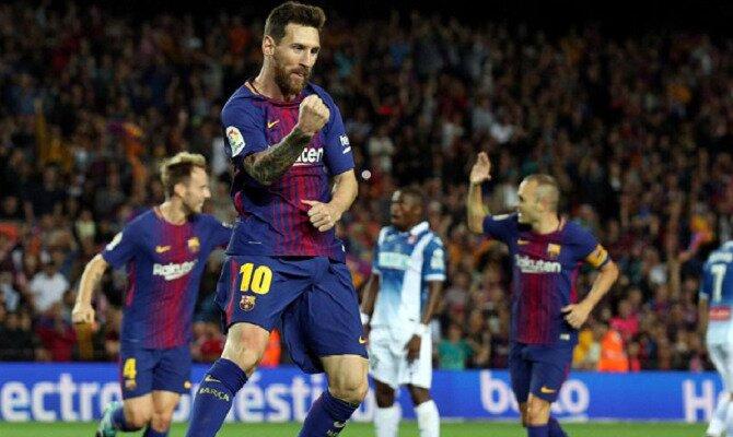 Messi celebra un nuevo gol. Conoce las cuotas del RCD Espanyol vs FC Barcelona.