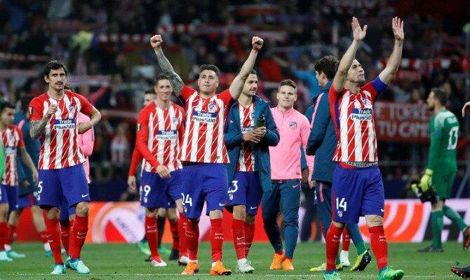 Jugadores del Atlético se dirigen a su afición. Conoce las cuotas del Olympique Marsella vs Atlético de Madrid.