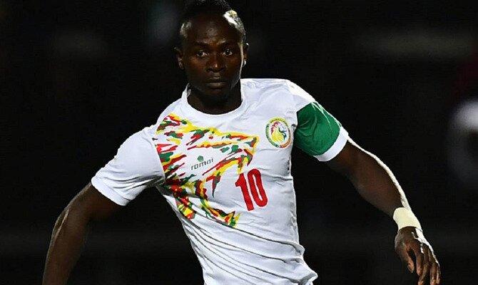 Sadio Mané con la camisera de Senegal. Conoce las cuotas del Senegal vs Colombia.