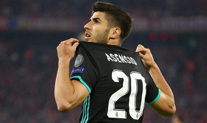 Asensio enseña su camiseta para celebrar un gol. Conoce las cuotas del Real Madrid vs CD Leganés.