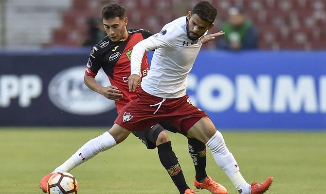 Partido entre Fluminense y Deportivo Cuenca