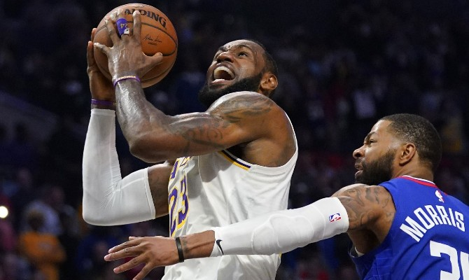 Los Angeles Lakers y Clippers son favoritos en la NBA