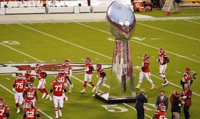 Los Kansas City Chiefs son favoritos en el Super Bowl LV para superar a Tampa Bay Buccaneers