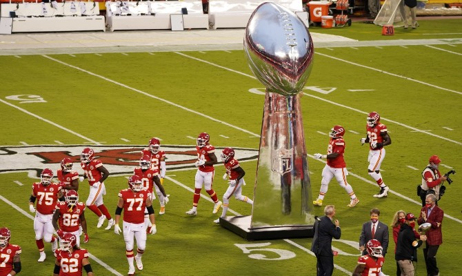 Los Kansas City Chiefs son favoritos en el Super Bowl LV para superar a Tampa Bay Buccaneers