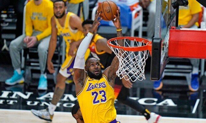 LeBron James busca enderezar el camino en el LA Lakers vs Portland Trail Blazers