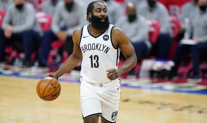 James Harden verá acción en el Golden State Warriors vs Brooklyn Nets