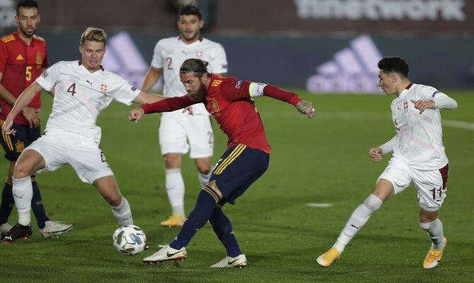 Busca los mejores picks del España vs Grecia que inicia las Eliminatorias europeas al Mundial 2022