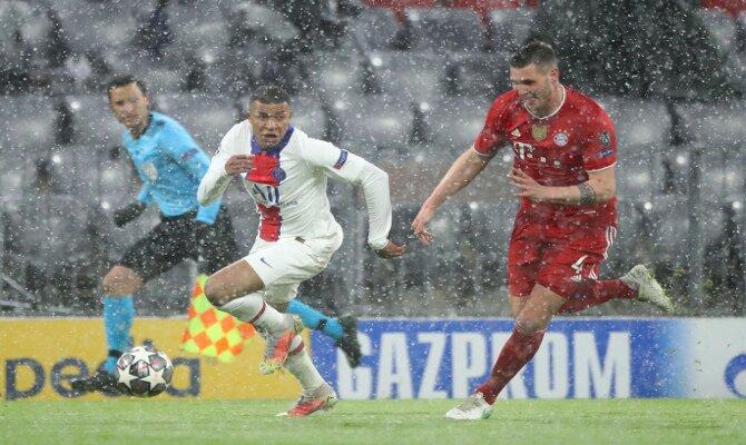 Mbappé, en la imagen, es uno de los jugadores a seguir en las cuotas del PSG vs Bayern Munich